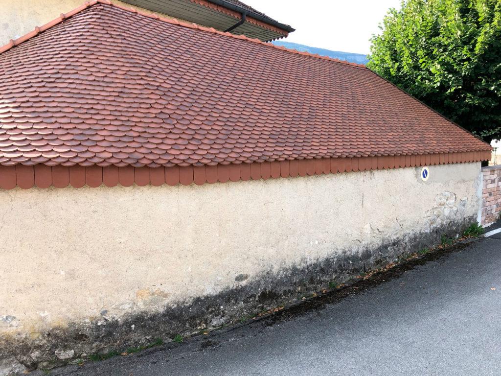 Rénovation toiture arrondie en tuiles écaille - Saint-léger 73 - BEAULIEU TOITURE