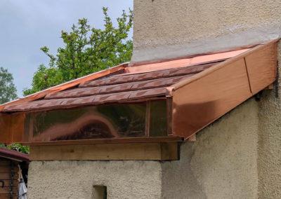 Rénovation auvent en tuile et zinguerie en cuivre – Saint julien en genevois – 74