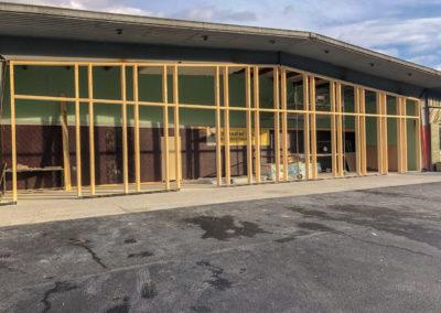 Creation de façade en poteau poutre pour la boulangerie Paniere - Sallanches 74 haute savoie
